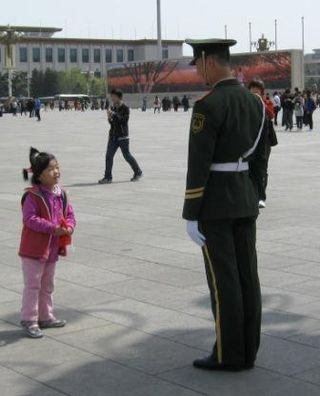 8girl and soldier in Tiananmencomp